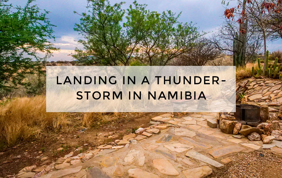 landing_thunderstorm_namibia